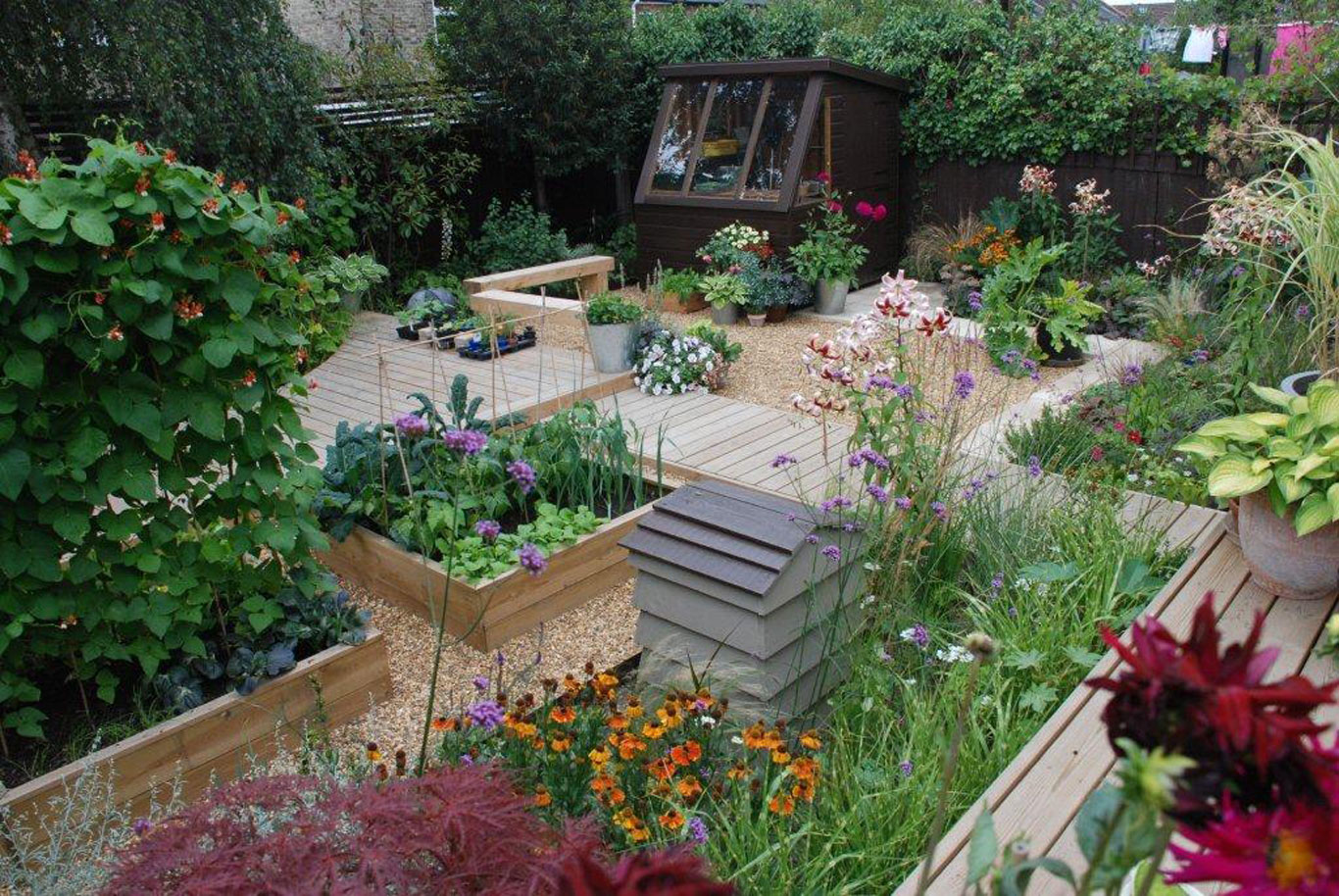 Garden landscapers in essex and london west essex landscapes for A garden design