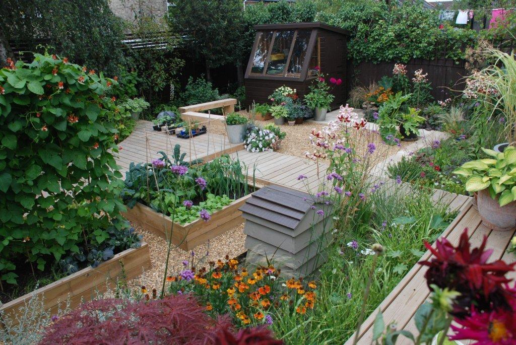 Garden design west essex landscapes for Garden designs and landscapes